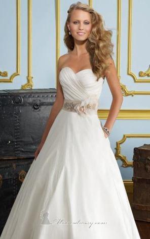 احدث فساتين زفاف - 2013 - 1