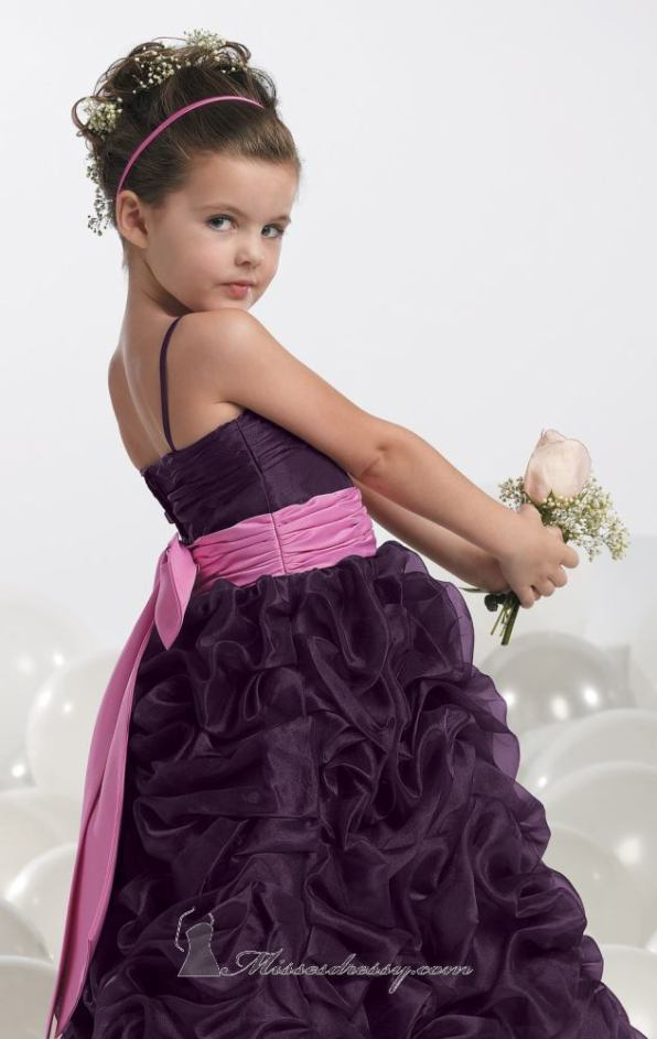 فساتين اعراس للاطفال - 2013 - 12