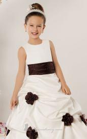 فساتين اعراس للاطفال - 2013 - 5